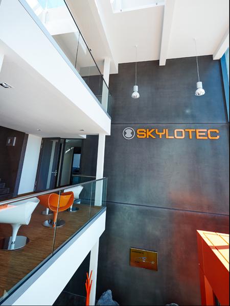 Skxlotec_office_2